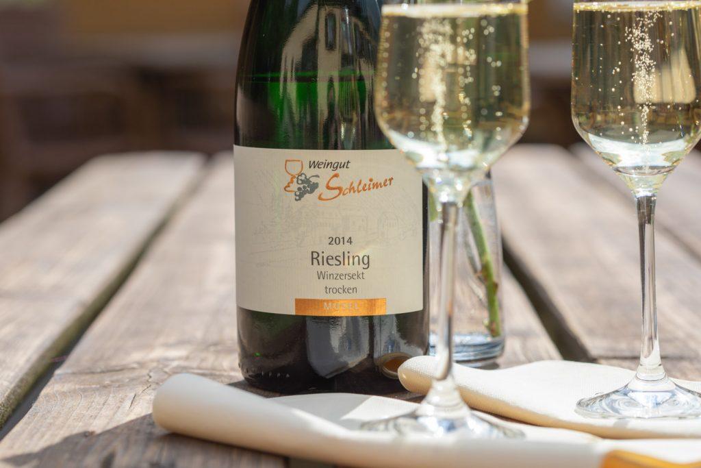 Flasche Riesling Winzersekt von 2014